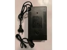 Nabíječka Lithiové baterie pro elektrokoloběžky URBANO 60V  3A - výkonnější
