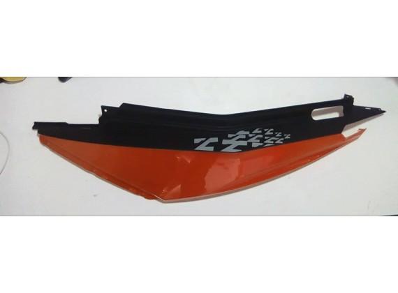 Levý dekorční plast oranžový ZZ