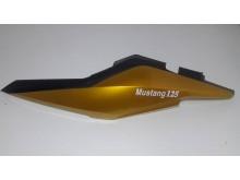 Boční dekorativní plast levý zlatý Mustang