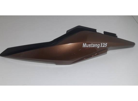 Boční dekorativní plast levý, hnědý Mustang