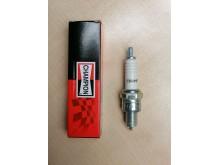 Zapalovací svíčka Champion Z9Y /4T motory-skútr 139 QMB,152QMI,GY6/
